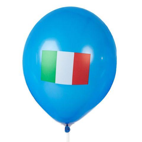 Blauer Ballon mit aufgedruckter Italienfahne.